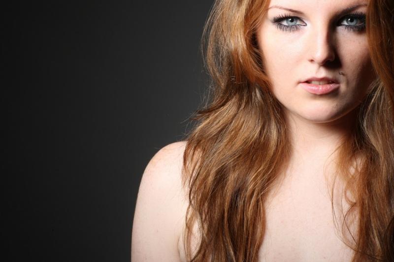 Portrait-Portraits-Portraitfotografie-Bewerbungsbild-Gesichtsfoto-Ganzkörperbild-0040