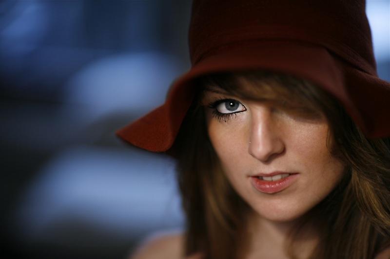 Portrait-Portraits-Portraitfotografie-Bewerbungsbild-Gesichtsfoto-Ganzkörperbild-0101