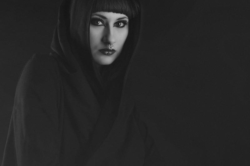 Portrait-Portraits-Portraitfotografie-Bewerbungsbild-Gesichtsfoto-Ganzkörperbild-0208